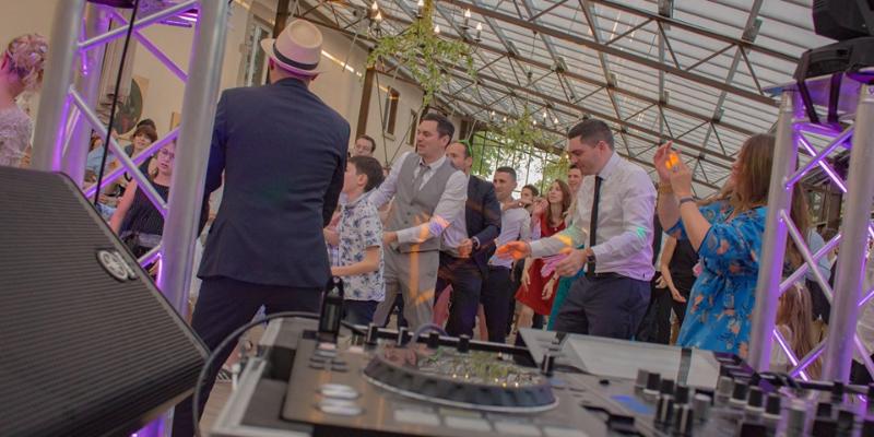 TAB sono premium, DJ Dj en représentation à Rhône - photo de couverture n° 1