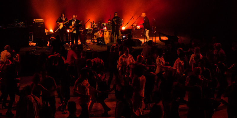 Conjunto Jaleo, groupe de musique Chanteur en représentation à Hérault - photo de couverture n° 3