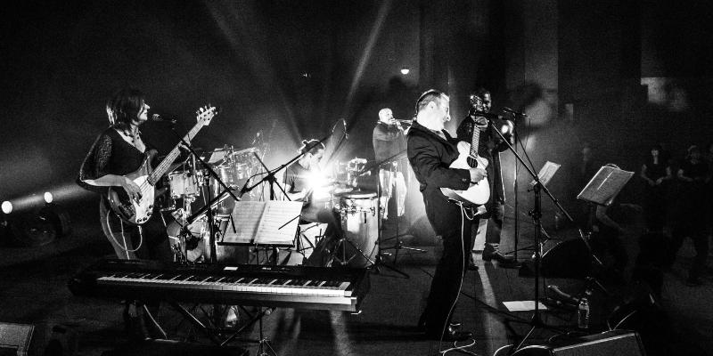 Conjunto Jaleo, groupe de musique Chanteur en représentation à Hérault - photo de couverture n° 2