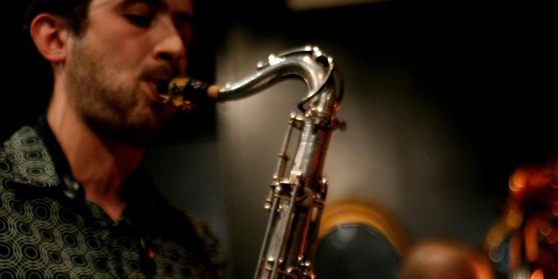 SaxoFono, DJ Dj en représentation à Paris - photo de couverture n° 1