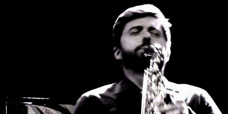 Jonathan Bergeron, musicien Jazz en représentation à Gironde - photo de couverture