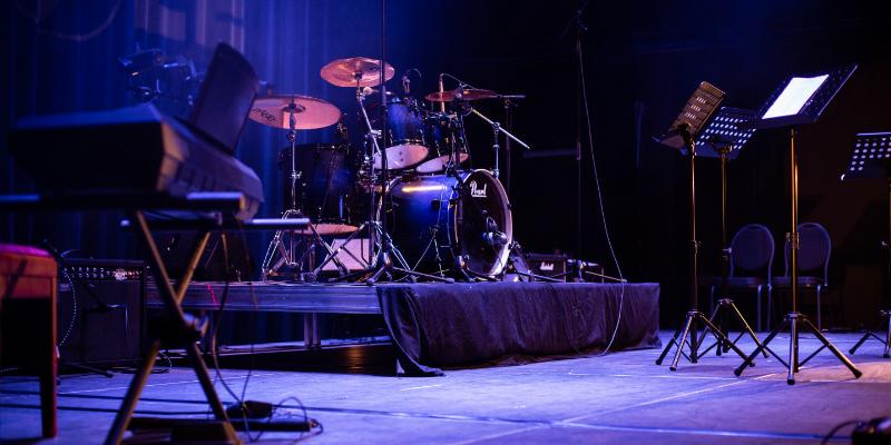 Bband, groupe de musique Rock en représentation à Val d'Oise - photo de couverture
