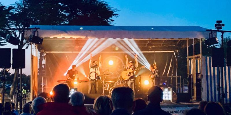 Bikini Ocean, groupe de musique Pop en représentation à Vendée - photo de couverture n° 2