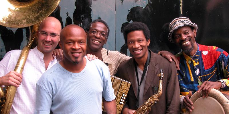 Caribop, groupe de musique Fanfare en représentation à Val de Marne - photo de couverture n° 2