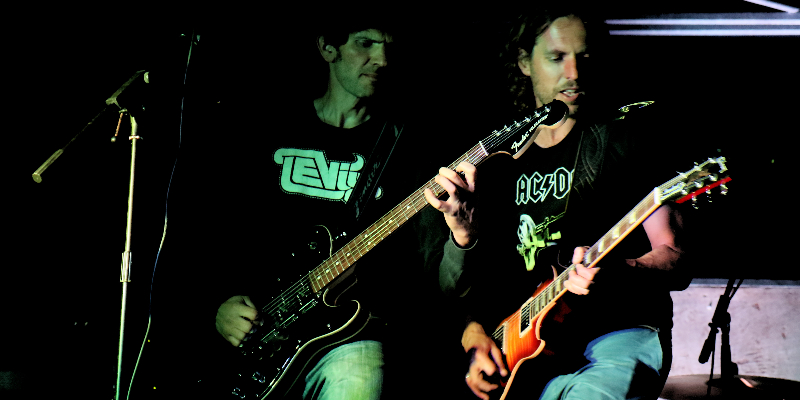 Riggs, groupe de musique Rock en représentation à Landes - photo de couverture n° 3