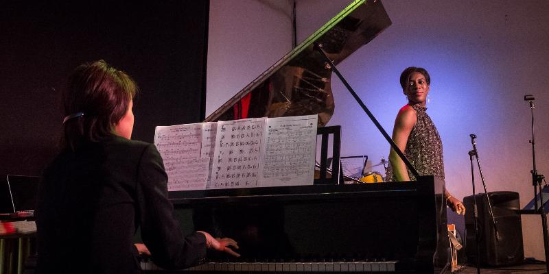 Suzie TELEP, musicien Soul en représentation à Hauts de Seine - photo de couverture