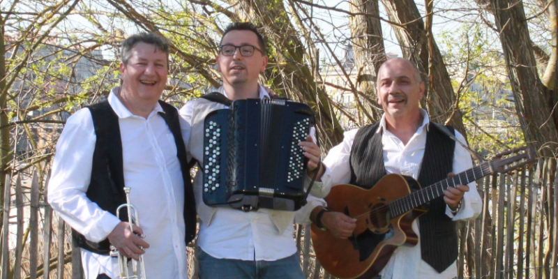 ECG, groupe de musique Chanteur en représentation à Gironde - photo de couverture n° 1