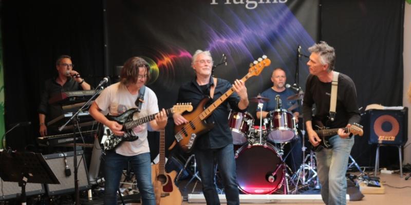 PLUGINS, groupe de musique Rock en représentation à Nord - photo de couverture n° 1