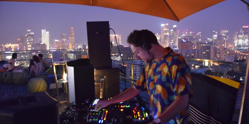 Alex Cazaux, DJ Dj en représentation à Paris - photo de couverture n° 3
