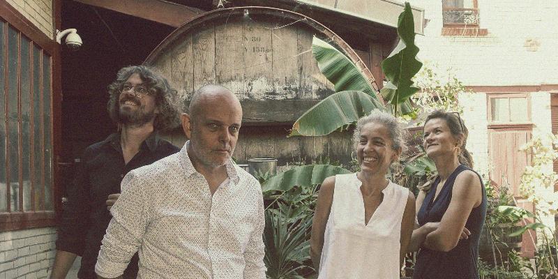 La vuelta, groupe de musique Latino en représentation à Bouches du Rhône - photo de couverture n° 3