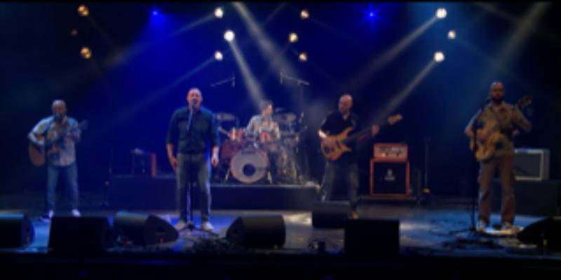 CARMELA, groupe de musique Rock en représentation à Essone - photo de couverture