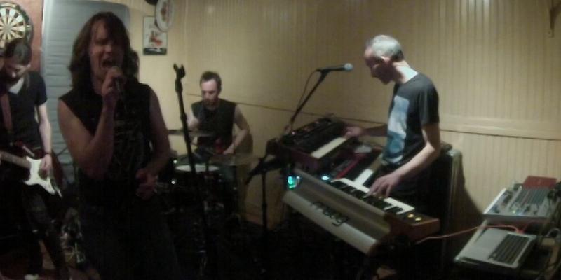 Enky and the What, groupe de musique Rock en représentation à Ille et Vilaine - photo de couverture