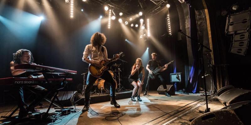 Hālley, groupe de musique Rock en représentation - photo de couverture n° 1