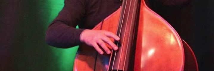 bourdier, groupe de musique Guitariste en représentation à Dordogne - photo de couverture n° 2