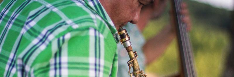 bourdier, groupe de musique Guitariste en représentation à Dordogne - photo de couverture n° 4