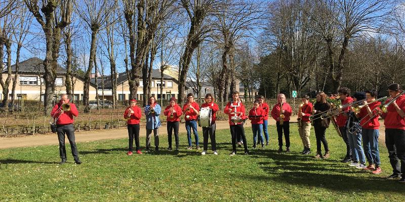 fanfare Les Rats en congé, groupe de musique Fanfare en représentation à Sarthe - photo de couverture n° 2