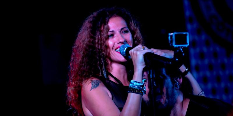 Audrey Vocalista, groupe de musique Rock en représentation à Alpes Maritimes - photo de couverture n° 3