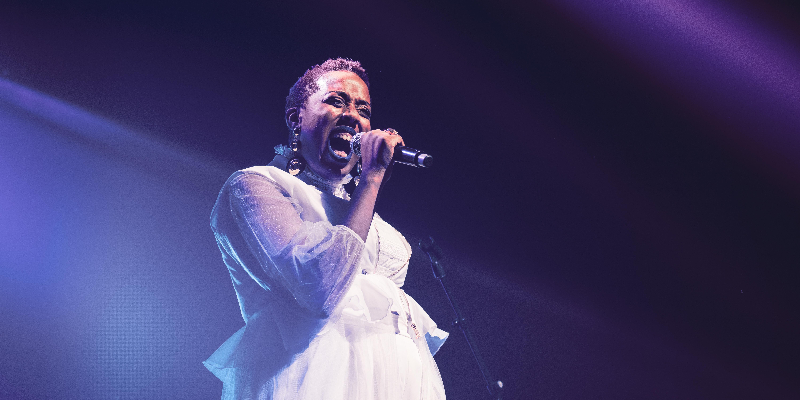 FRIEDA, groupe de musique Chanteur en représentation à Paris - photo de couverture n° 2