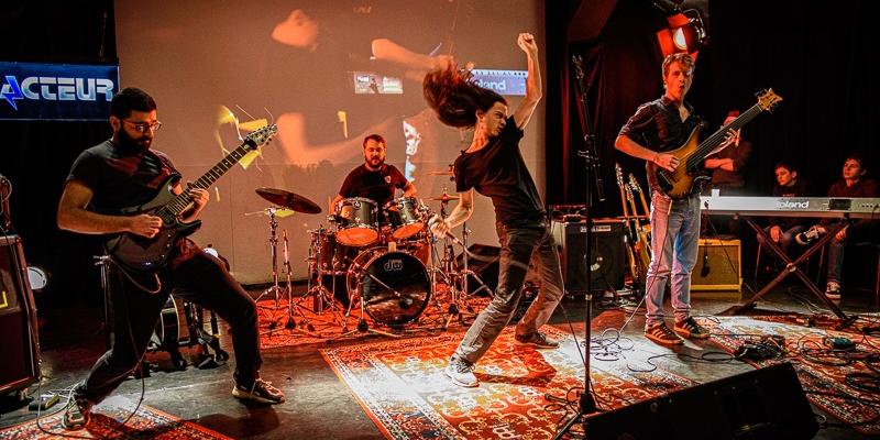 Synapse, groupe de musique Rock en représentation à Paris - photo de couverture n° 1
