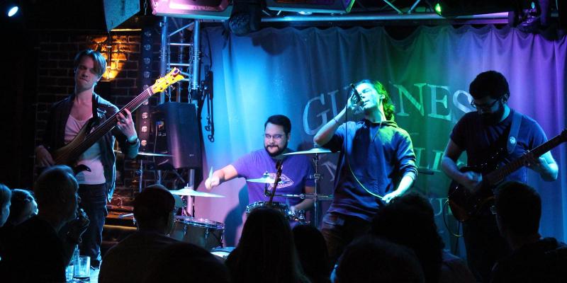 Synapse, groupe de musique Rock en représentation à Paris - photo de couverture n° 2