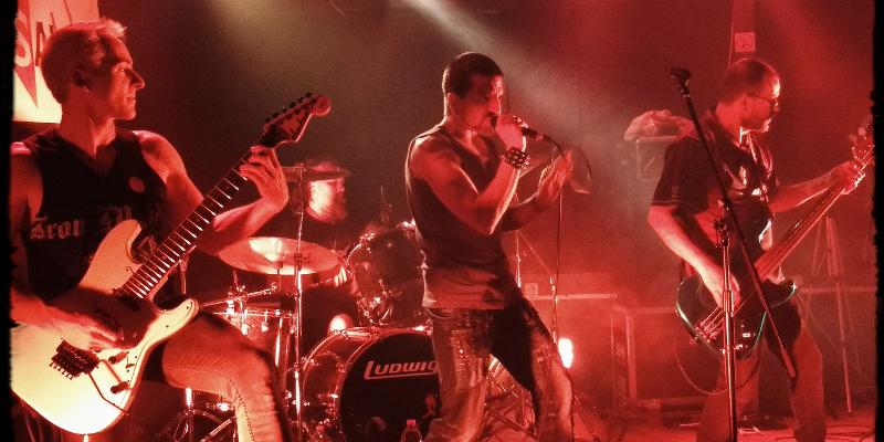 TROOPER666, groupe de musique Hard Rock en représentation à Gironde - photo de couverture