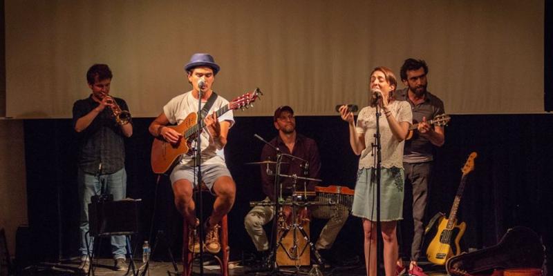 JOIA, musicien Musiques du monde en représentation à Val de Marne - photo de couverture n° 2