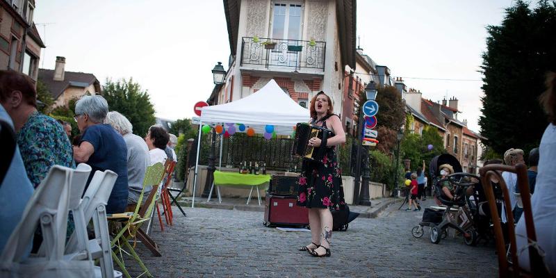 Fleur de Paris, musicien Chanteur en représentation à Sarthe - photo de couverture n° 3