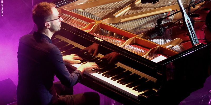 Joran, musicien Pianiste en représentation à Val de Marne - photo de couverture n° 3