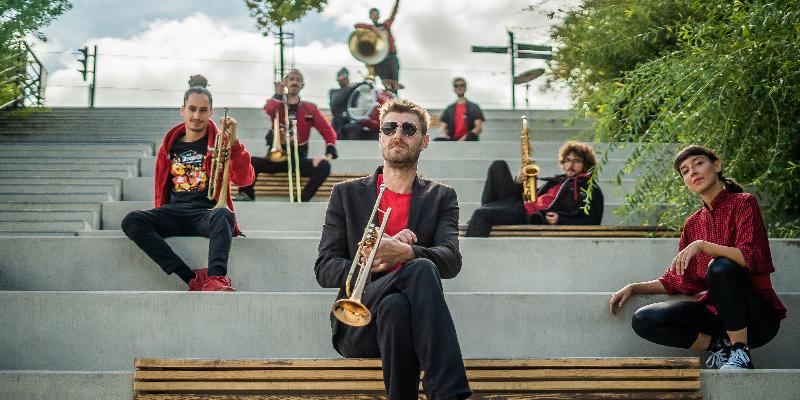 Fanflures Brass Band, groupe de musique Jazz en représentation à Haute Garonne - photo de couverture n° 3