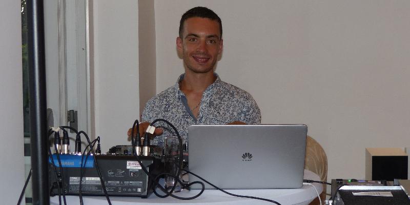 DJ GOOD VIBES DANCE, DJ Dj en représentation à Bouches du Rhône - photo de couverture
