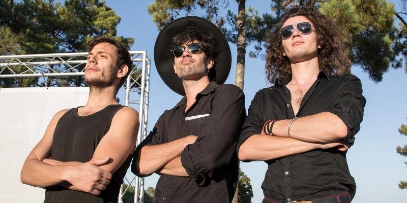 Glory JIzzy , groupe de musique Rock en représentation à Paris - photo de couverture n° 3
