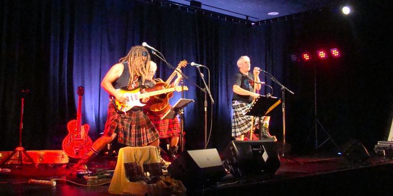 les Cariboux du Poitou, groupe de musique Rock en représentation à Vienne - photo de couverture n° 1