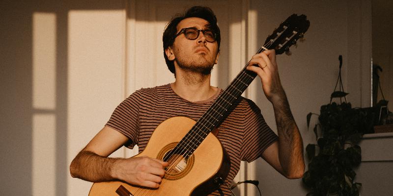 Nycollas Medeiros, musicien Guitariste en représentation à Val d'Oise - photo de couverture n° 2
