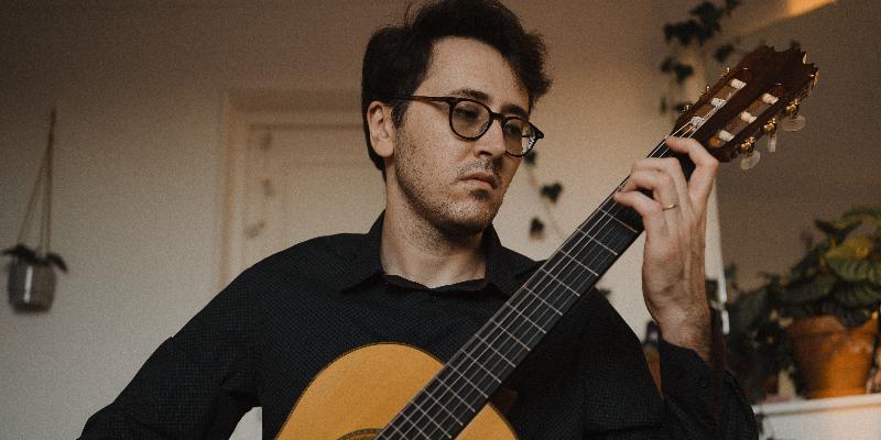 Nycollas Medeiros, musicien Guitariste en représentation à Val d'Oise - photo de couverture n° 1