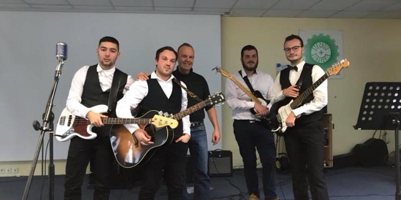 Moumouth, groupe de musique Rock en représentation à Loiret - photo de couverture n° 1