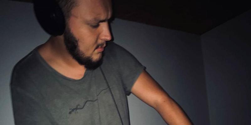 The Anvil, DJ Dj en représentation à Paris - photo de couverture n° 3