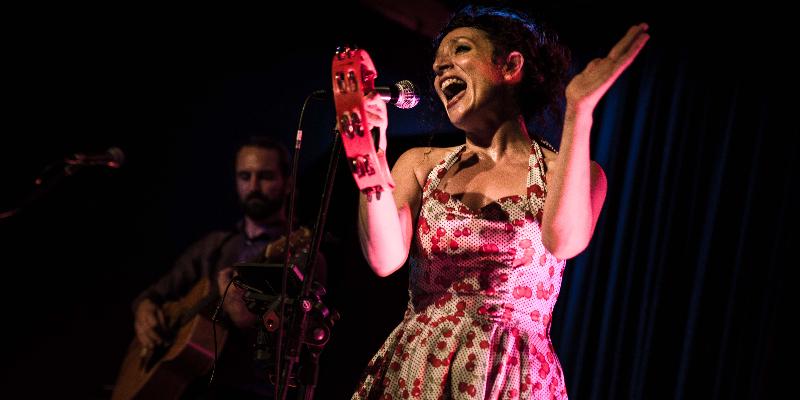 Miss April duo , musicien Rock en représentation à Savoie - photo de couverture