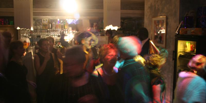 livemelodie, musicien Chanteur en représentation à Val d'Oise - photo de couverture n° 3