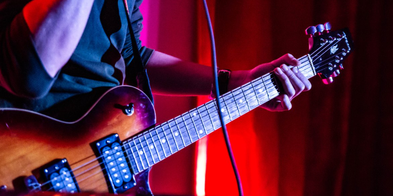 ZYES, musicien Rock en représentation à Somme - photo de couverture n° 3