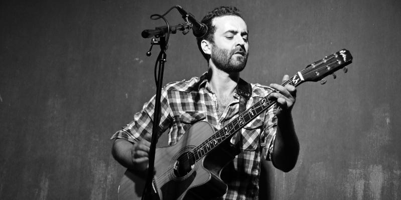 Tristan Auber, musicien Chanteur en représentation à Paris - photo de couverture n° 3