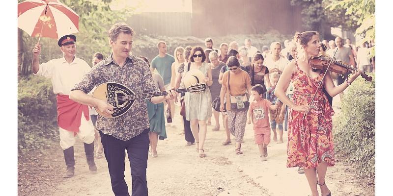 Kalarash, musicien Acoustique en représentation à Doubs - photo de couverture n° 2