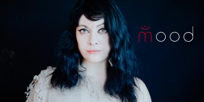 Mood, musicien Chanteur en représentation - photo de couverture n° 1