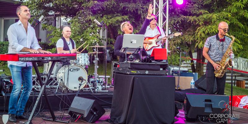 Benoit Marx-Ikonga, groupe de musique Soul en représentation à Haute Savoie - photo de couverture n° 2