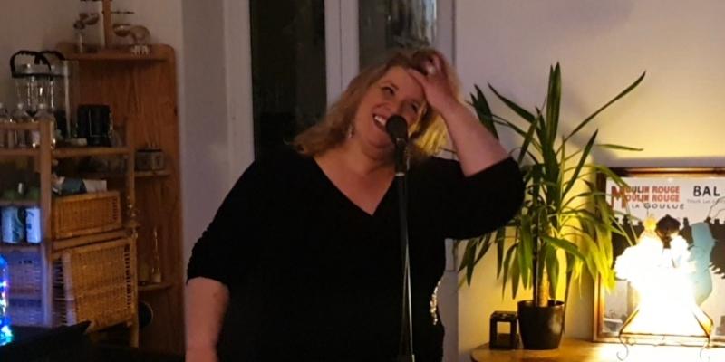 Sandra Matiser, musicien Chanteur en représentation à Bouches du Rhône - photo de couverture n° 3