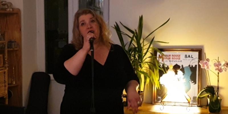 Sandra Matiser, musicien Chanteur en représentation à Bouches du Rhône - photo de couverture n° 2