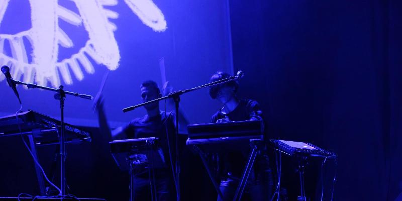 PLANETOID, musicien Soul en représentation - photo de couverture