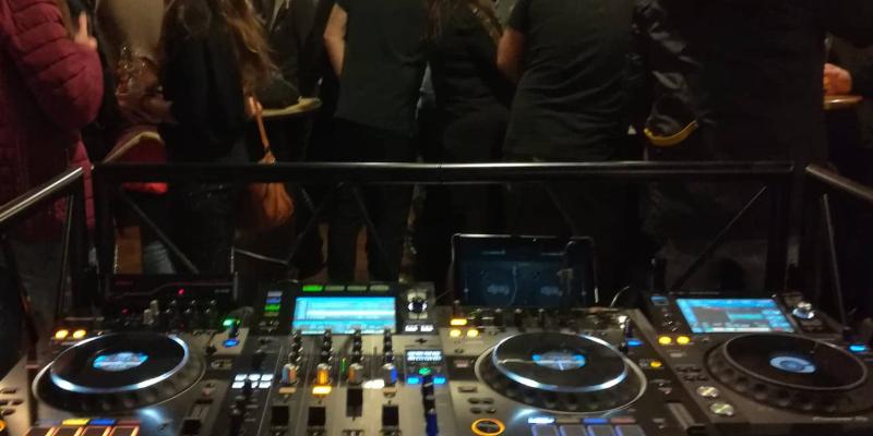Mixe Live, DJ Dj en représentation à Haute Garonne - photo de couverture n° 3