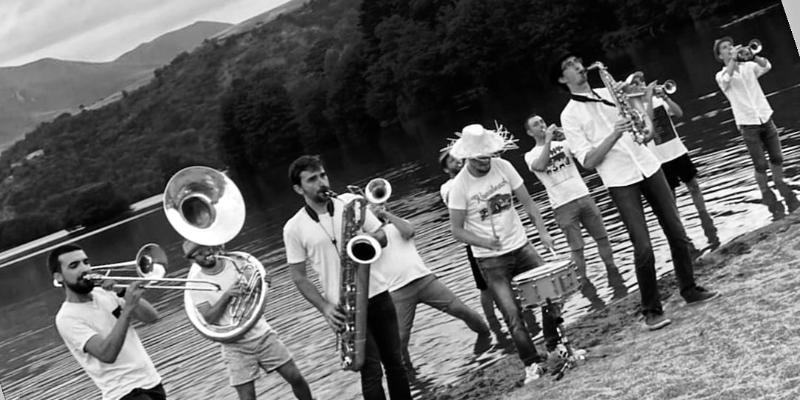 MagmatiK Brass Band, groupe de musique Fanfare en représentation à Puy de Dôme - photo de couverture n° 2