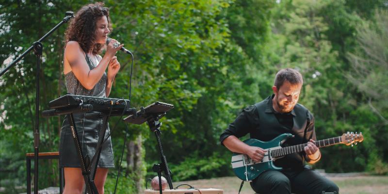 CherryMoon, musicien Soul en représentation à Gironde - photo de couverture n° 1