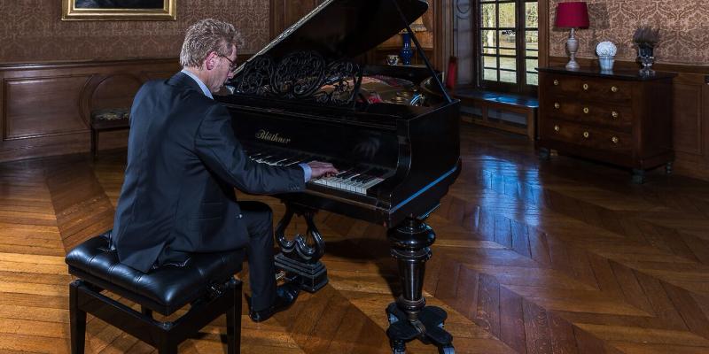 LAURENT JACQUEY PIANISTE, musicien Jazz en représentation à Val de Marne - photo de couverture n° 1
